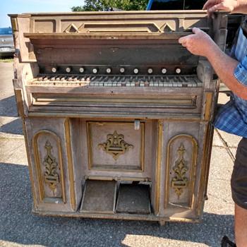 Pump organ  - Musical Instruments