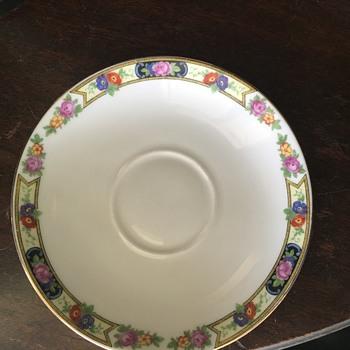 Mystery china - China and Dinnerware