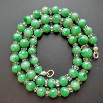 Jadeite and faceted crystal rondelles necklace. - Fine Jewelry