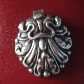 Victorian Sterling Silver pendant (was a part of a silver buckle) - Fine Jewelry