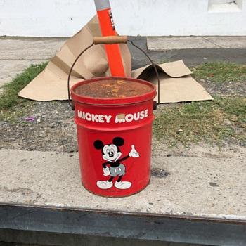 Mickey Mouse bucket - Advertising