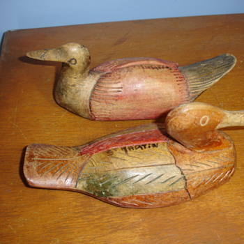"""2 vintage hand carved duck decoys """"signed"""" are they rare? - Sporting Goods"""