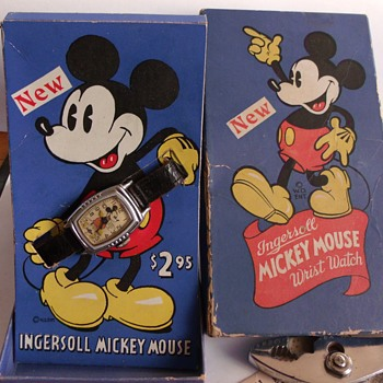 "The ""New"" 1938-39 Mickey Mouse Watch - Wristwatches"