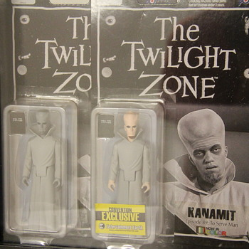"Twilight Zone ""Kanamit"" Figures!  - Toys"
