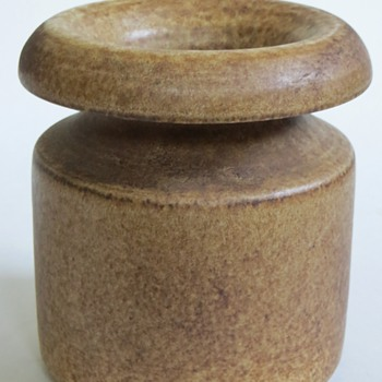 Who Made this Beautiful Pot? Interesting Shape, Gorgeous satin Glaze~Unmarked? - Pottery