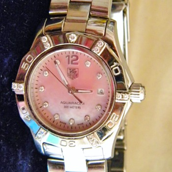 Ladies Tag Heuer Aquaracer Diamond Dial bezel Pink Mop Watch
