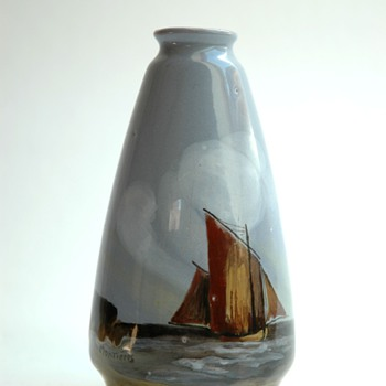 small pottery vase  by MONTIERES - Art Deco