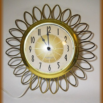 Vintage WESTCLOX Electric Clock - Wire Loops