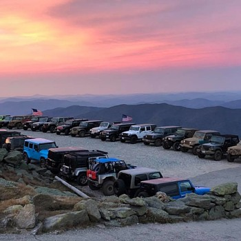 Jeeps every where... - Photographs
