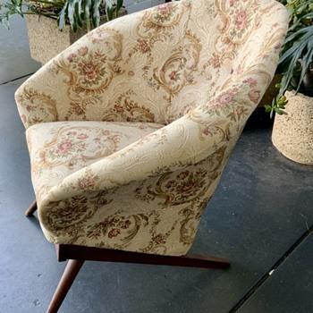 Unknown chair design?? - Furniture