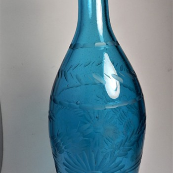 "11 1/4"" EARLY AMERICAN PRIMITIVE HAND BLOWN & HAND ETCHED BOTTLE,MARINE BLUE,SMOOTH GROUND BOTTOM - Art Glass"
