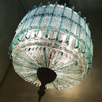 a 444 piece handmade glass pendant lamp from Poliarte - Mid-Century Modern