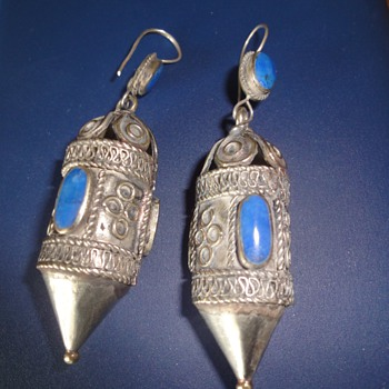 Antique ethnic Afganistan silver earrings inlaid Lapis Lazuli - Fine Jewelry