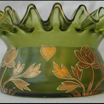 Very crimped bowl - Art Glass
