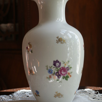 Reichenbach German Democratic Republic Porcelain Vase - China and Dinnerware
