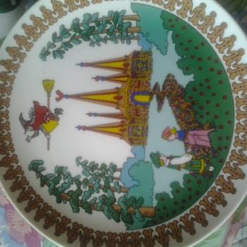 hansel and gretel metropolitan opera childrens dishes - China and Dinnerware