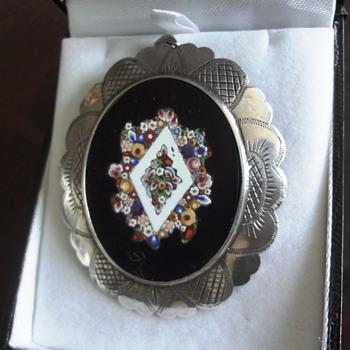 Micro Mosaic Millefiori set in silver brooch pendant - Fine Jewelry
