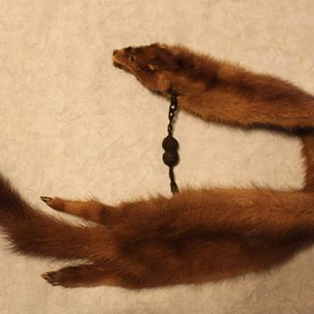 Mink? collar - Accessories