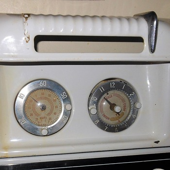 Western Holly Range Back Top With Timer and Clock Circa 1947 - Kitchen