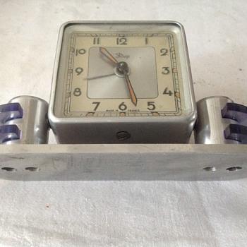 1930's Art Deco French Dep alarm/desk clock.