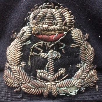 Mistery cap badge - Hats