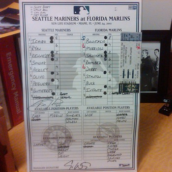Line-up card from Mariners Dugout (6/24/2011, signed by Felix Hernandez.