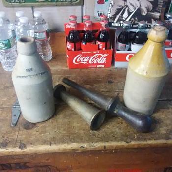 Stoneware  beer  bottle corker - Breweriana