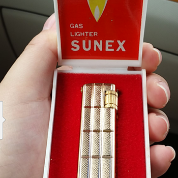 Vintage sunex lighter( made in korea) - Tobacciana