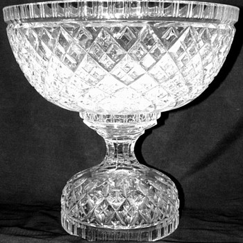 Two pieces crystal punch bowl. Brilliant ? - Glassware