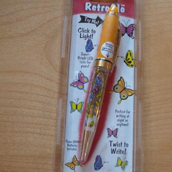 Retroglo Flashlight/Pen
