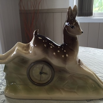 Jema Holland Small Leaping Deer Mantle Clock numbered (420)