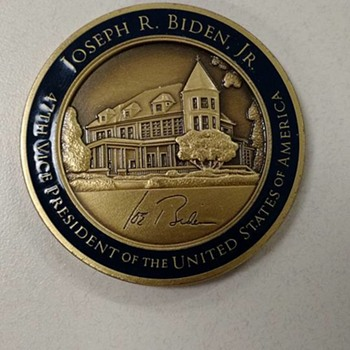Vice President Challenge Coin - US Coins