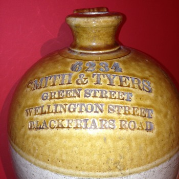 A lovely big smith & tyers old bottle for (beer or ale??) LONDON