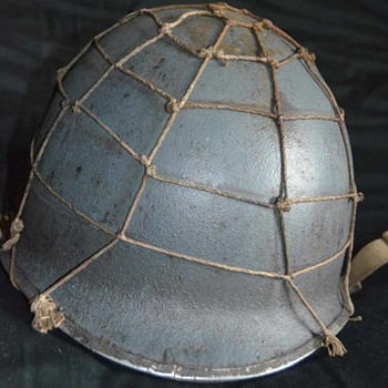 WW2 US M1 Navy/Seabees Helmet with hand tied Net  - Military and Wartime