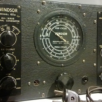 My crush on Delia made me buy a Windsor 65B Signal Generator - Electronics