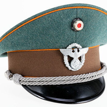 WWII German visor cap of an officer of the Gendarmerie (state rural police) - Military and Wartime