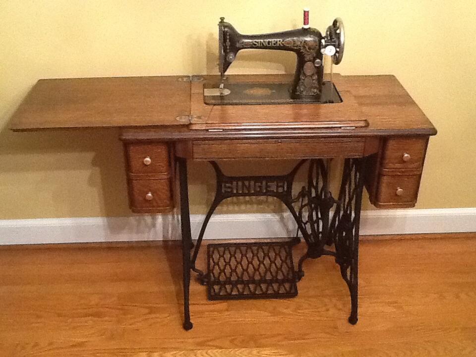 Singer 40 Redeye Treadle Sewing Machine Collectors Weekly Fascinating Red Eye Singer Sewing Machine
