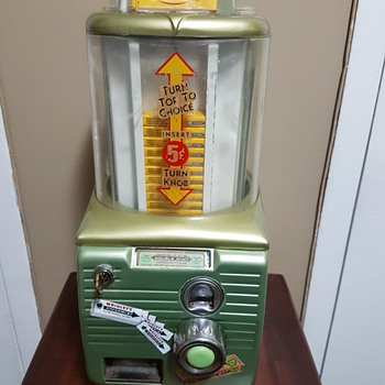 Northwestern Packaged Gum Vendor Model 54 - Coin Operated