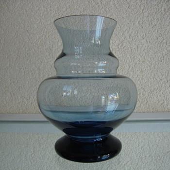 mystery vase  - Art Glass