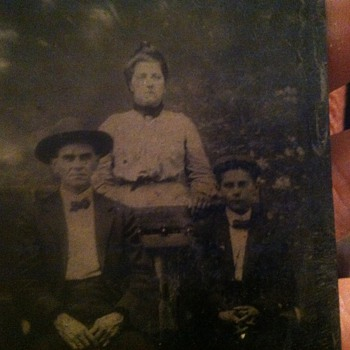 Tintype of man, woman, and child