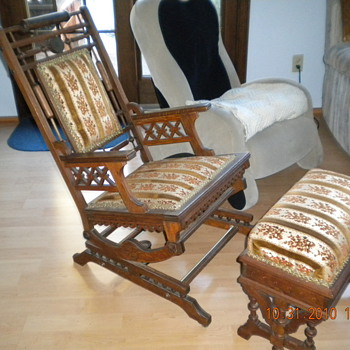 Antique rail rocker and foot stool - Furniture
