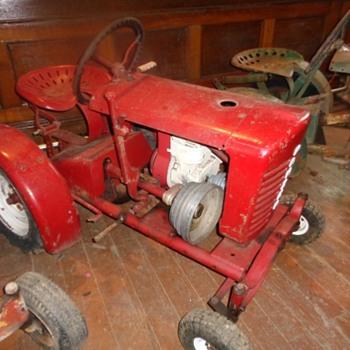 Vintage Panzer garden tractor - Tractors