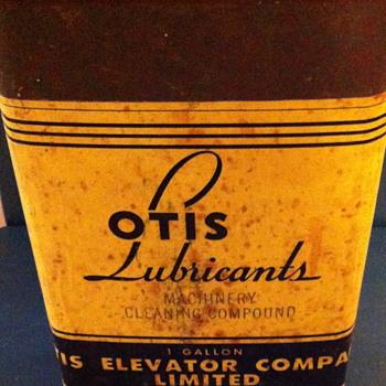 Three OTIS Lubricants can. - Petroliana