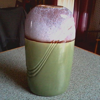 "Deco Style  9"" Art Pottery ""Pillow"" Vase/ Tu-tone Drip Glaze over Green /Circa 20th Century - Pottery"