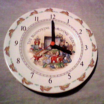 BUNNYKINS CLOCK ROYAL DOULTON - Pottery