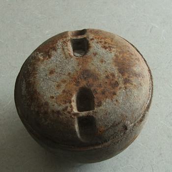 Large cast weight/possible plumb bob - Tools and Hardware