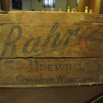 Rahr Brewery wood beer crate Oshkosh Wi. - Breweriana