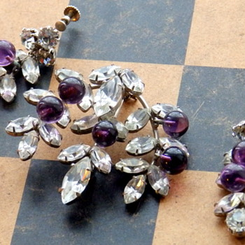 WEISS or NOT? - Costume Jewelry