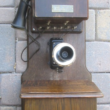 Old Chicago Phone
