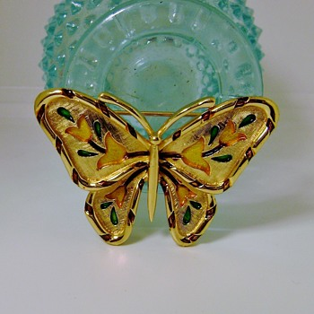 Trifari L'Orient Butterfly Brooch - Animals